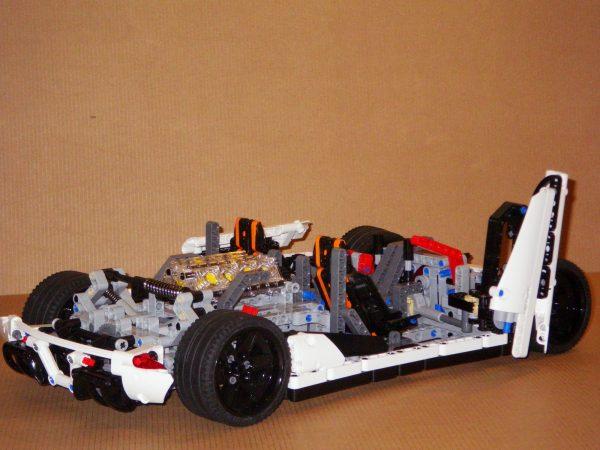 ZHEGAO QL0416 Koenigsegg 9