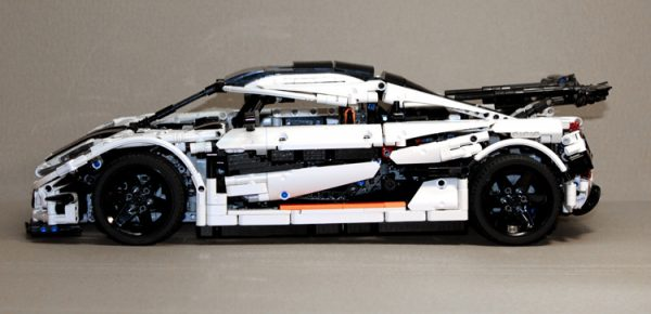 ZHEGAO QL0416 Koenigsegg 21