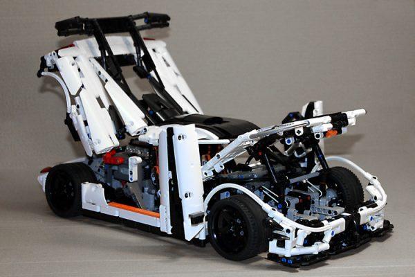 ZHEGAO QL0416 Koenigsegg 26