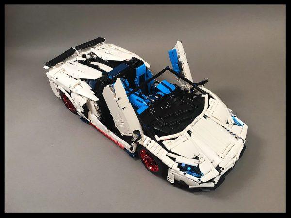 ZHEGAO QL0430 Lamborghini Aventador SVJ Roadster 1:8 9