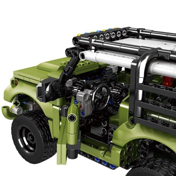 ZHEGAO QL0424 Land Rover Defenders Return 5