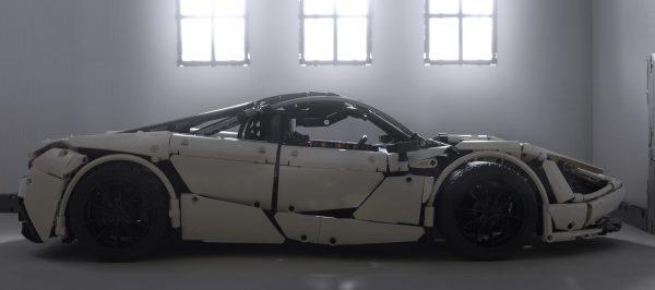 ZHEGAO QL0423 McLaren 720S 1:8 6