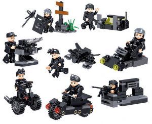 ZHEGAO QL0250 8 combinations of special police assault vehicles 0